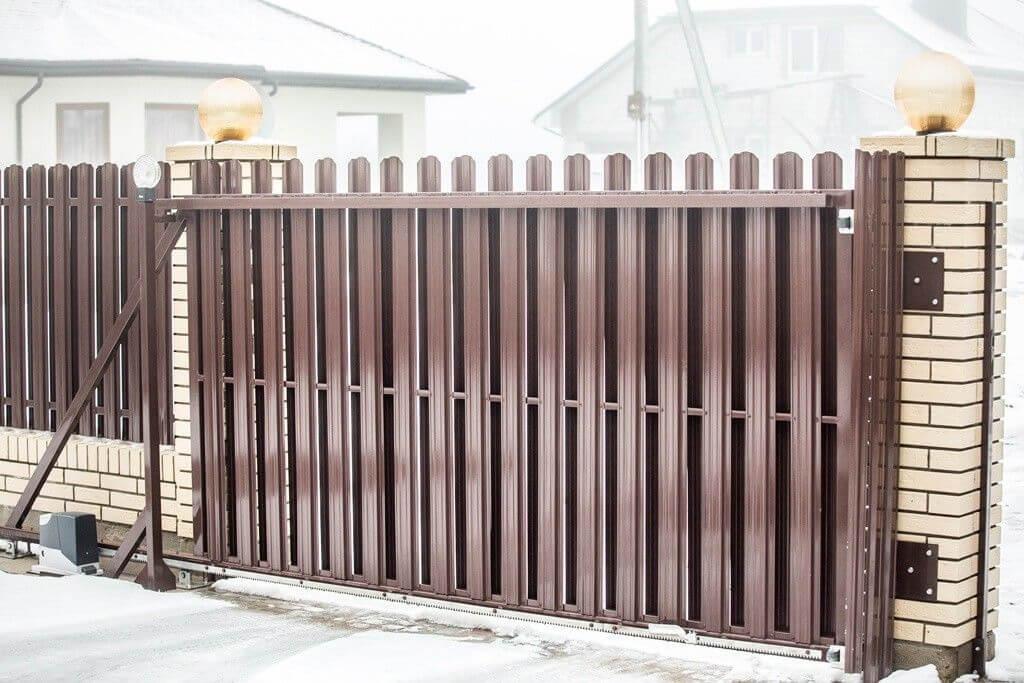 откатные ворота для евроштакетника